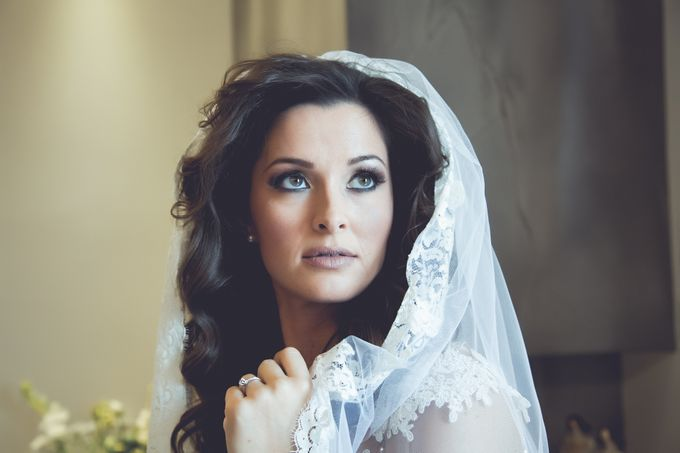 Bridal preparation by George Ladas Photography - 016