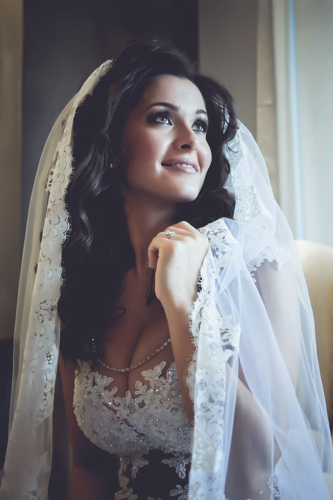 Bridal preparation by George Ladas Photography - 017