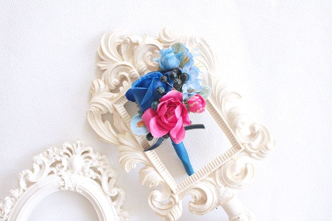 Contrast Combination of Royal Blue and Pink by Cup Of Love Design Studio - 001