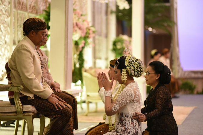 CINDY & WIBI - AKAD NIKAH & WEDDING RECEPTION by Mamie Hardo - 015