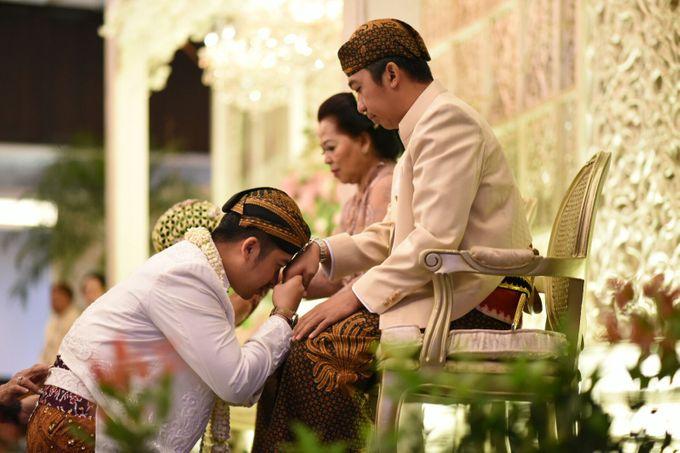 CINDY & WIBI - AKAD NIKAH & WEDDING RECEPTION by Mamie Hardo - 018