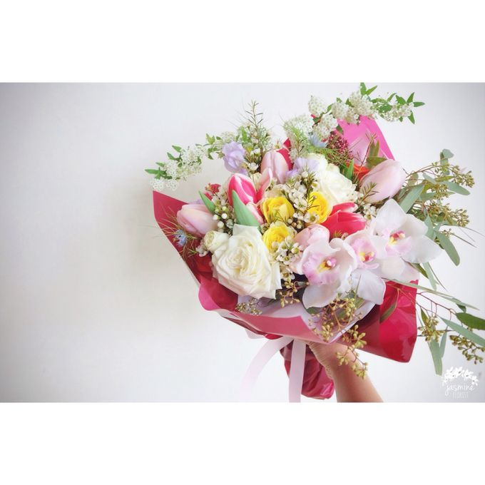 Daily Arrangements by Jasmine Florist - 011