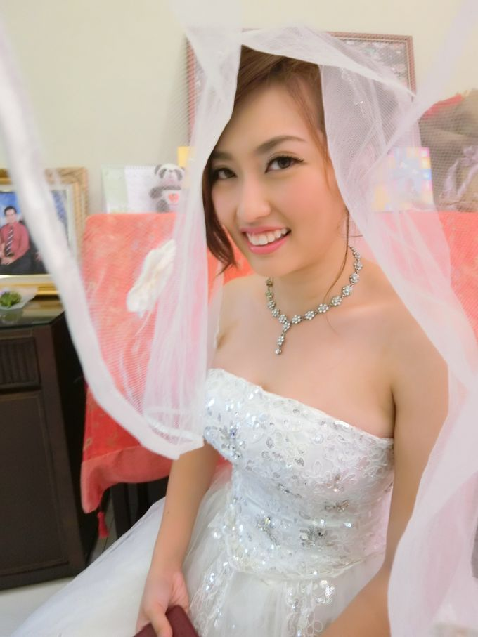 Bride Actual Day by Suz Make Up & Hairdo - 001