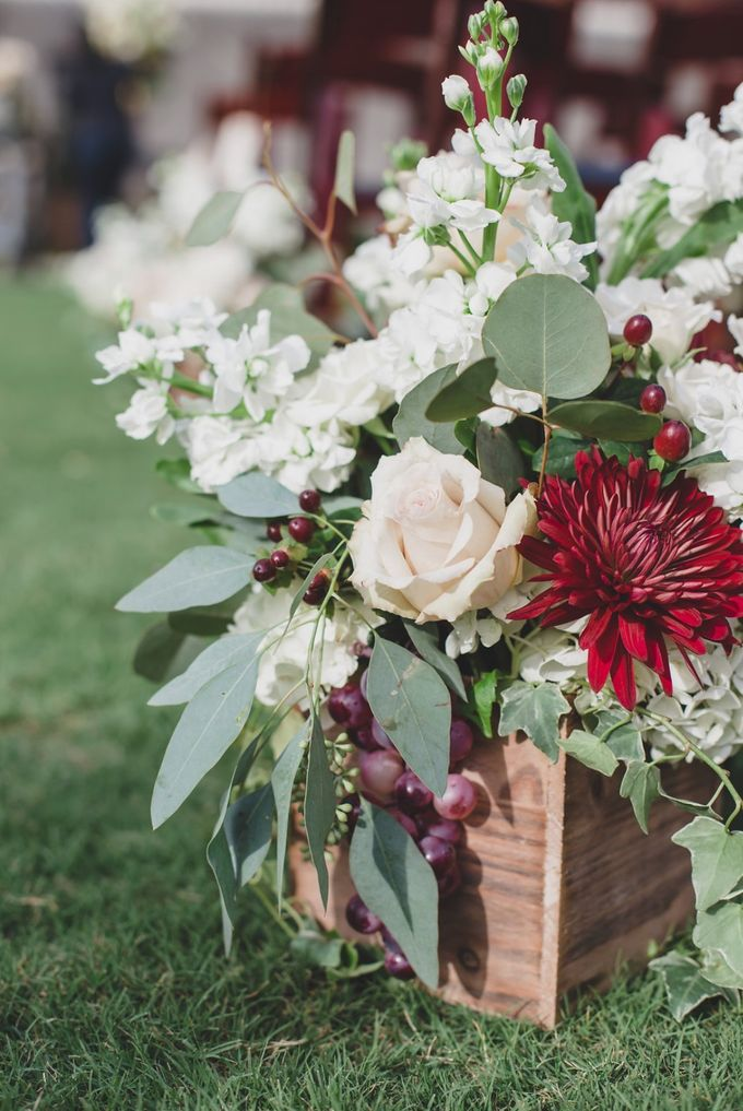 Blush and Merlot Resort wedding by Events In Bloom - 006