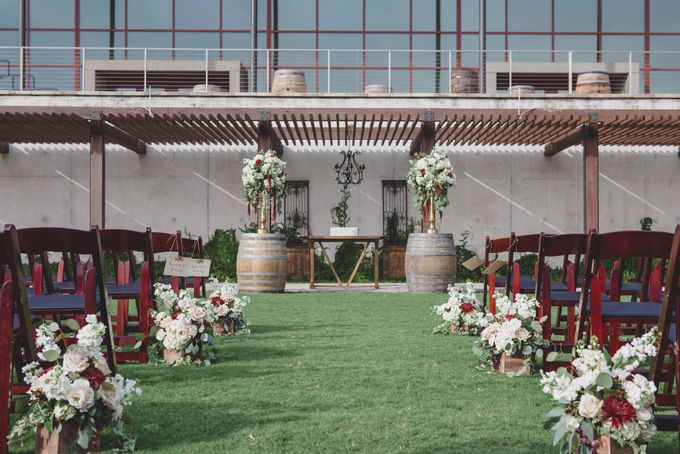 Blush and Merlot Resort wedding by Events In Bloom - 008