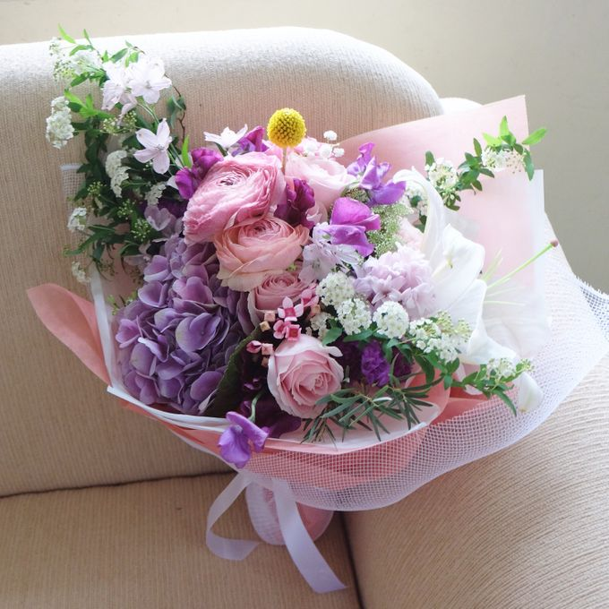 Daily Arrangements by Jasmine Florist - 012