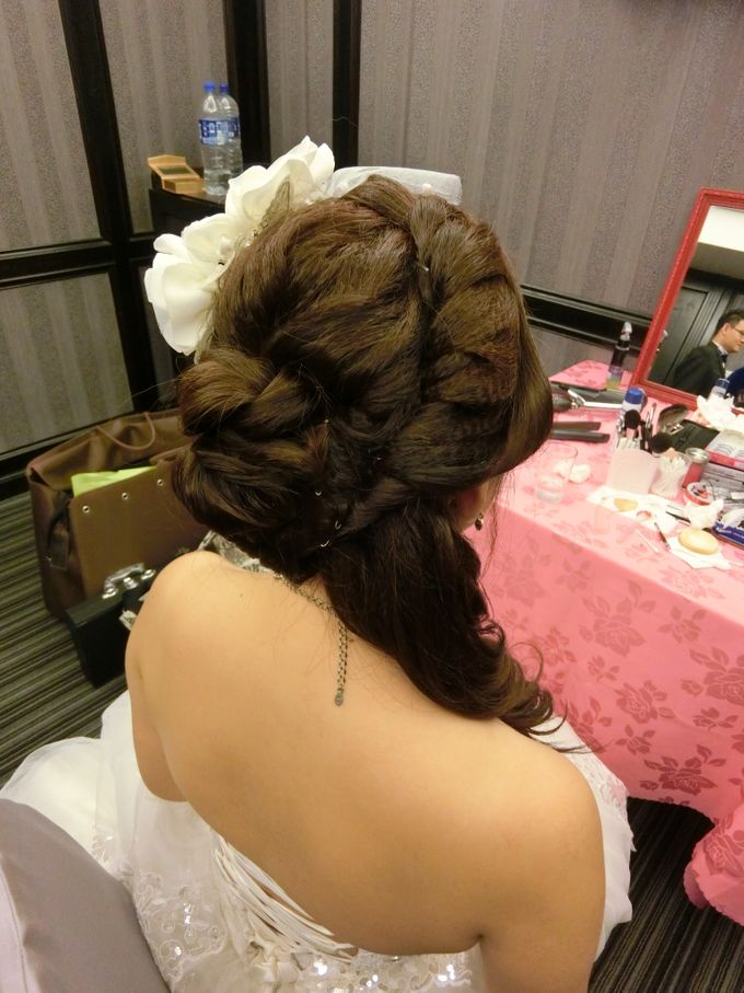 Bride Actual Day by Suz Make Up & Hairdo - 003