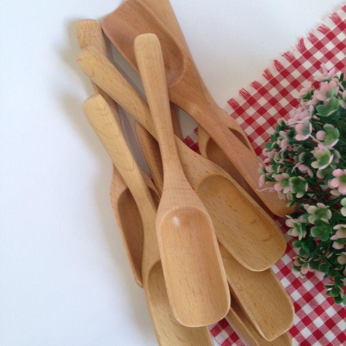 Wooden Multipurpose Scoop by La Dame in Wood - 001