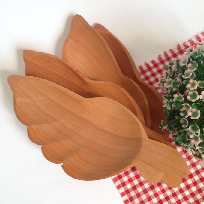 Wooden Leaf Tray Plate by La Dame in Wood - 001