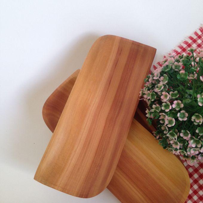 Wooden Wajik Plate Tray by La Dame in Wood - 001