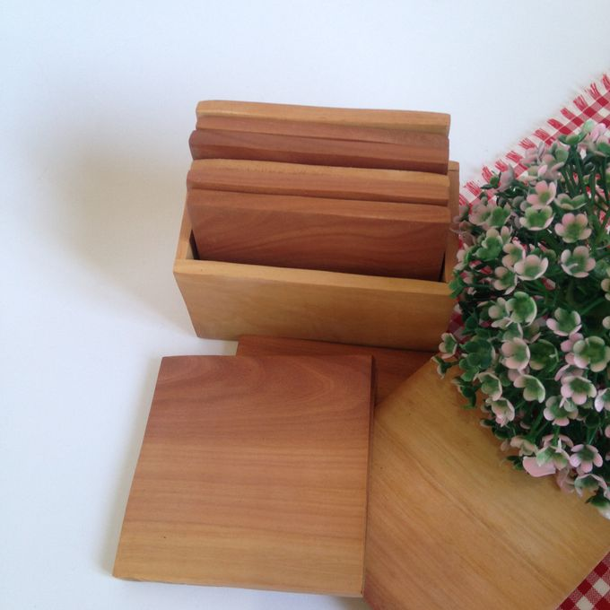 Wooden Square Coaster by La Dame in Wood - 001