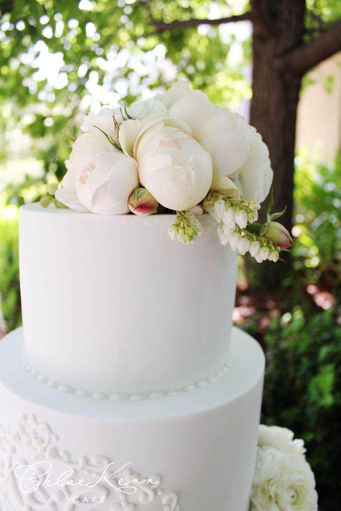 Fondant Cakes -tradition by Chloe Kerr Cake - 009