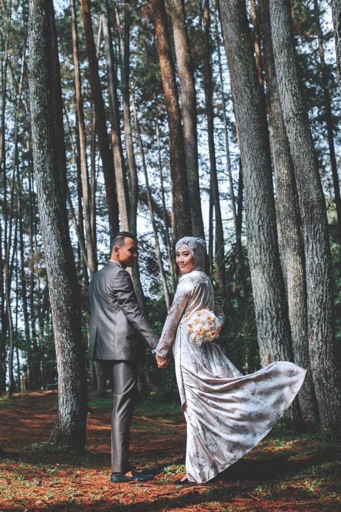 ANNISA & ANGGI PREWEDDING by Benangsari Flower Studio - 001