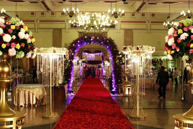 Devi & Taufan Wedding by Watie Iskandar Wedding Decoration & Organizer - 018