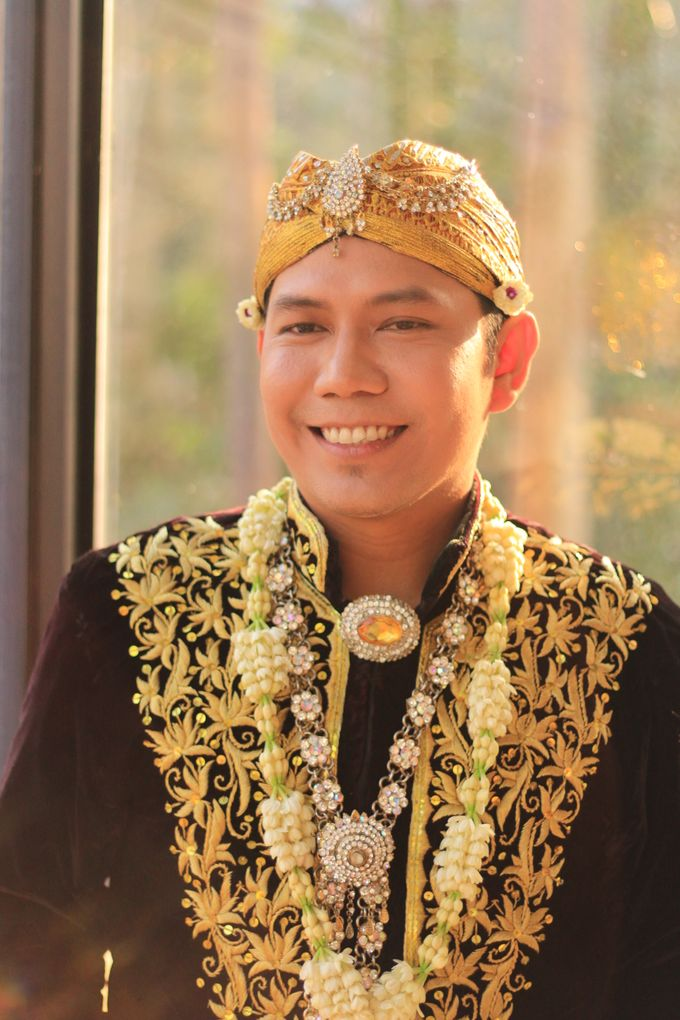 TEASER WEDDING MITHA by semut abang photograph - 005