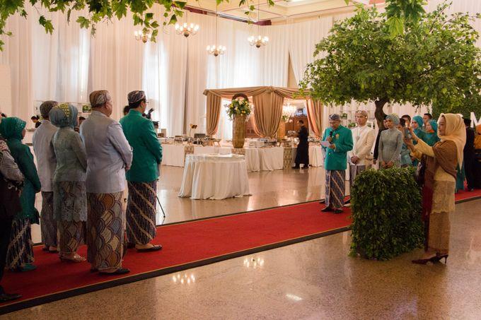 Wedding Of Mitya & Adjie by Mamie Hardo - 003