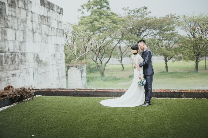RIRIS & ARIF by Raffles Hills Cibubur - On Green Garden Venue - 009