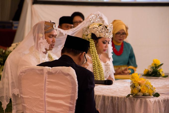 Wedding Of Mitya & Adjie by Mamie Hardo - 005