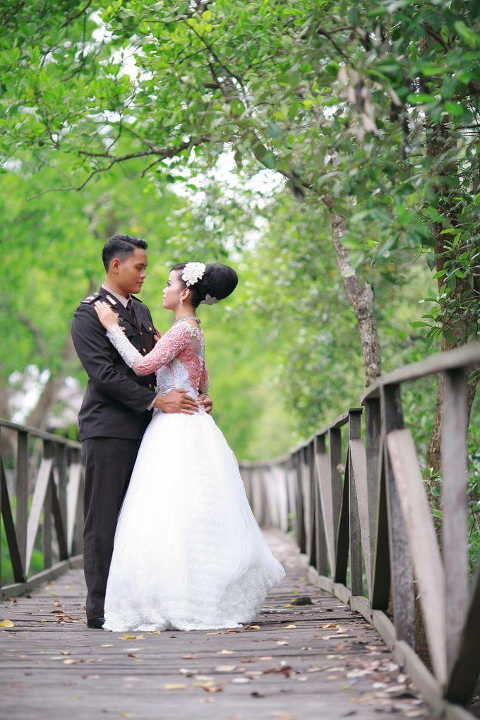 Prewedding Arizal & Shanty by KitaMoto Photography - 003