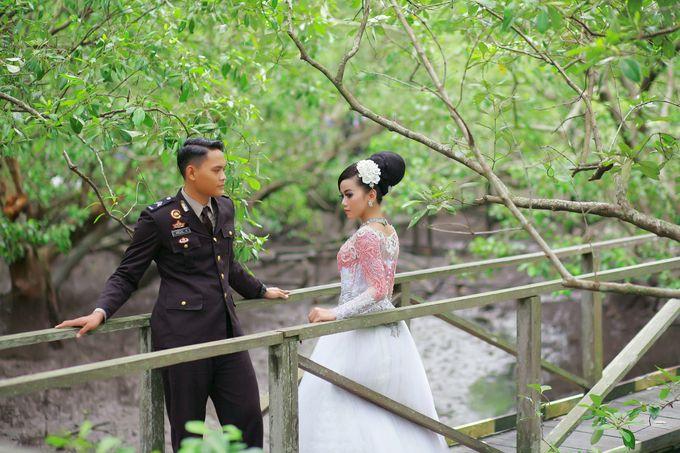 Prewedding Arizal & Shanty by KitaMoto Photography - 007