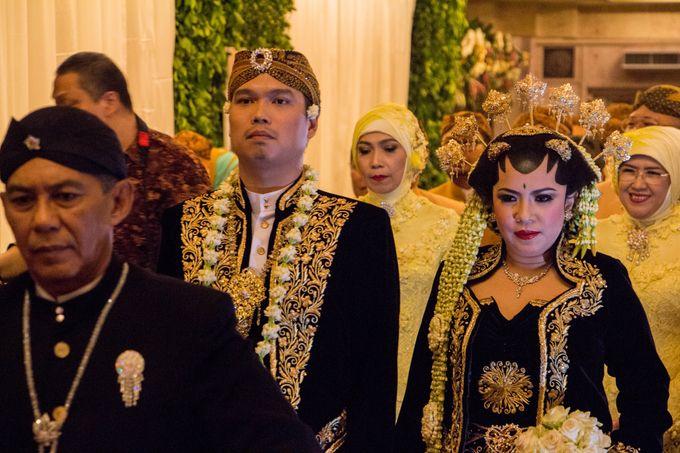 Wedding Of Mitya & Adjie by Mamie Hardo - 015