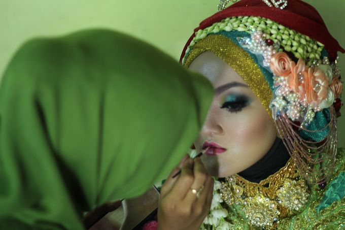moslem wedding by yuli rias pengantin - 006
