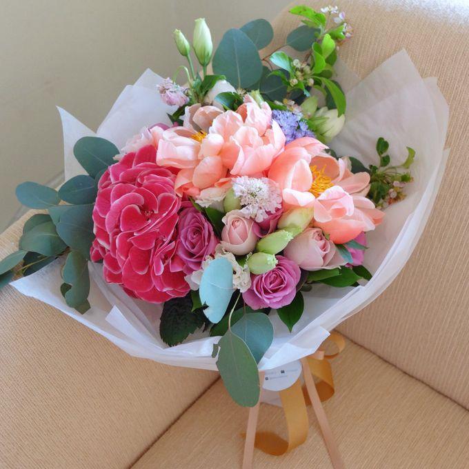 Daily Arrangements by Jasmine Florist - 014
