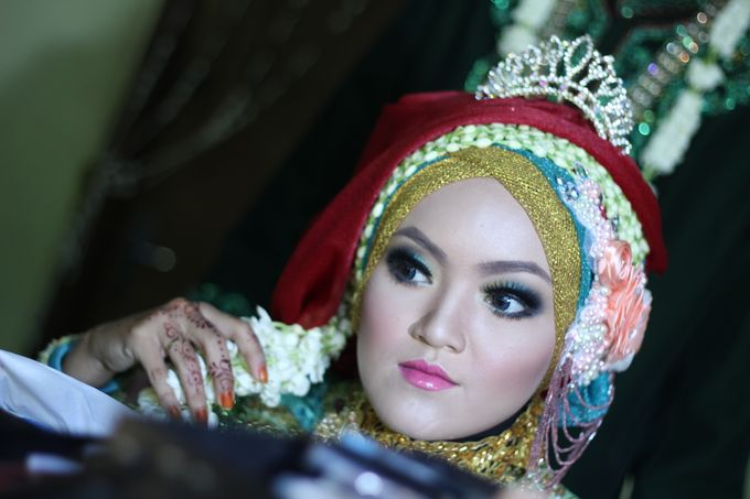 moslem wedding by yuli rias pengantin - 002