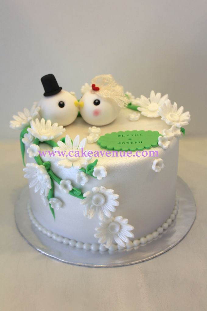 Single tier Customised Wedding Cakes by Cake Avenue - 003