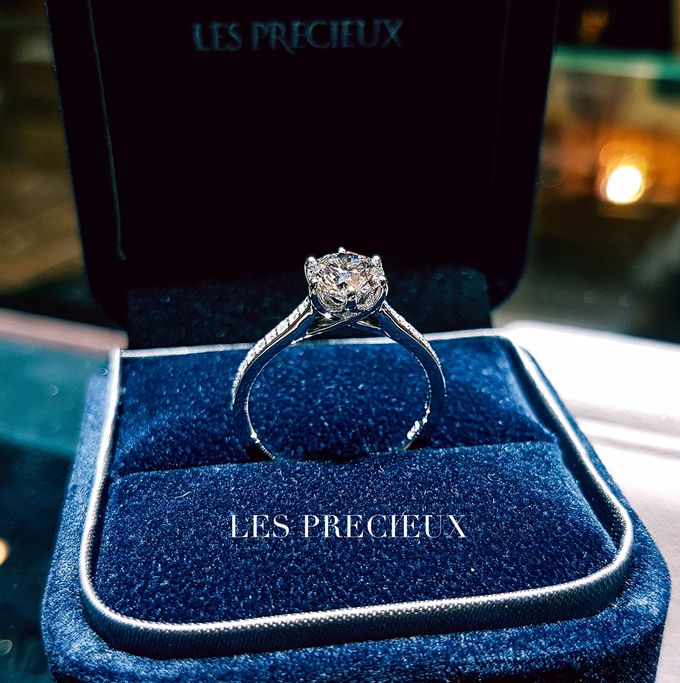 Solitaire Diamond Engagement Rings by LES PRECIEUX - 003