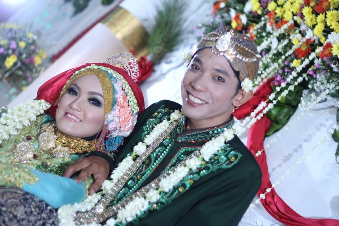 moslem wedding by yuli rias pengantin - 005