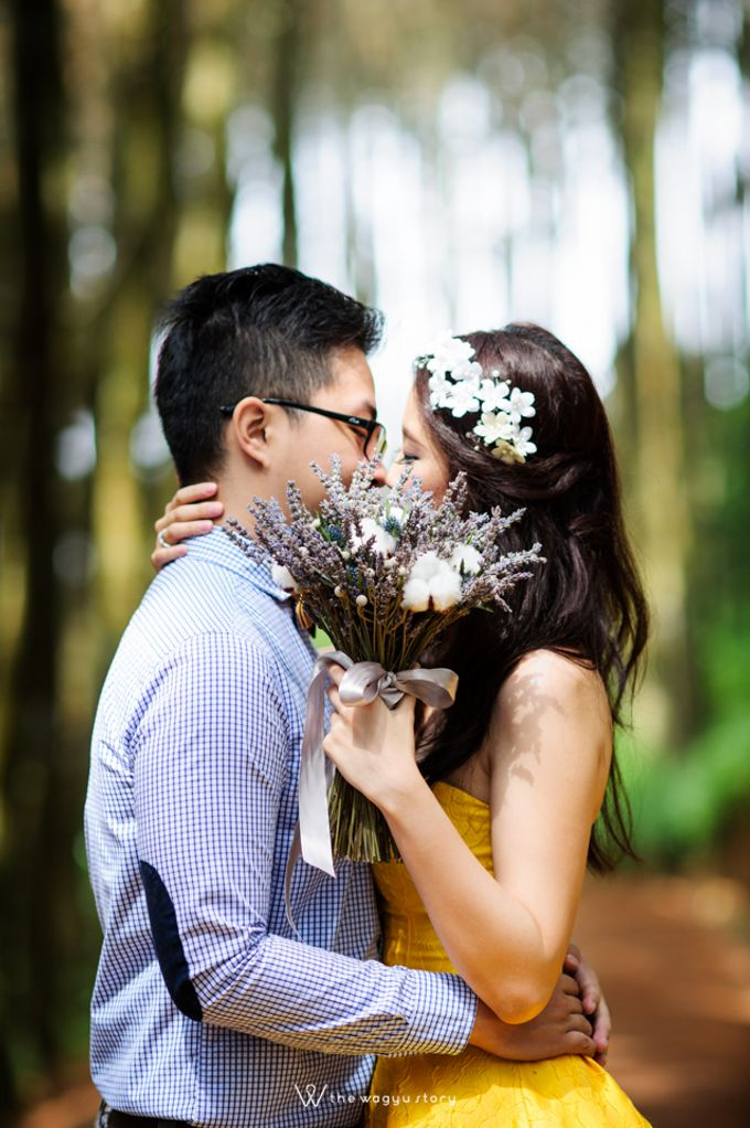 Pre-wedding of HindraMeldi by Jasmine Florist - 002