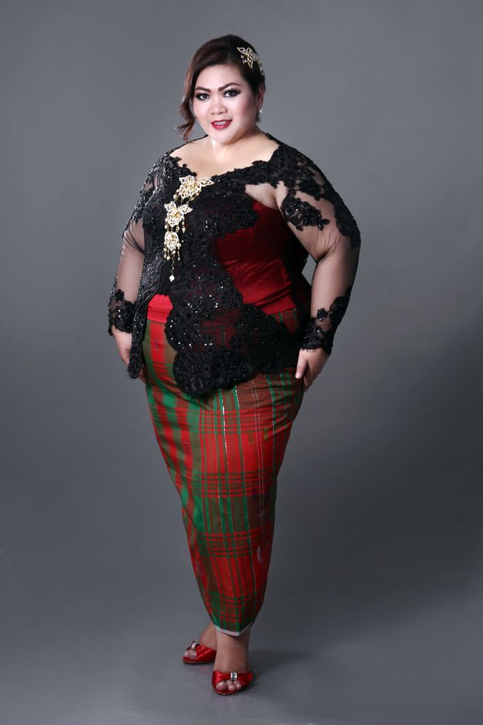 Our Exclusive Plus Size Kebaya and Formal Dress by Curvilínea by Pia Haryono - 008