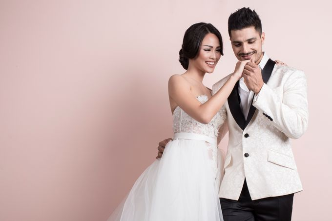 Nita and Vinrana Prewedding by Philip Formalwear - 007