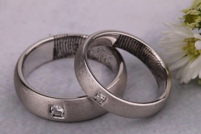 Wedding Ring by Lino and Sons - 005