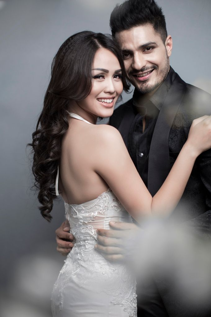 Nita and Vinrana Prewedding by Philip Formalwear - 003