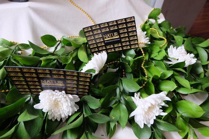 Natur Shampoo Decoration by The Vividiary Florist - 005