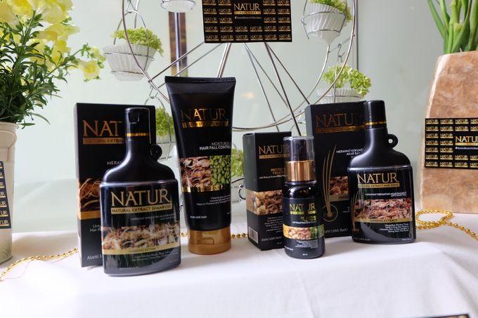 Natur Shampoo Decoration by The Vividiary Florist - 004