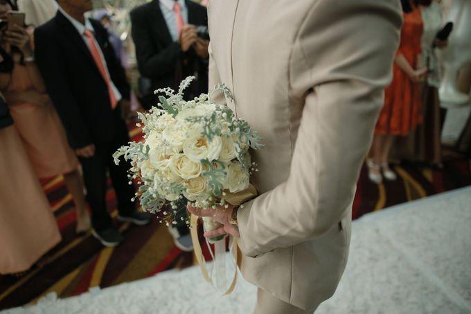 Fay & Dadit Wedding by Garland Galore Flower Shop - 003