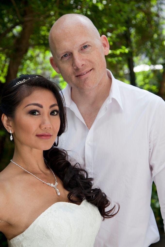 Bridal Photoshoot Agustin by Vivi Christin Makeup Artist & Hair Stylist - 002