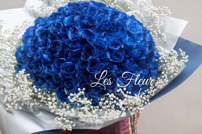 Colored Flowers by Les Fleur Flower Design - 002