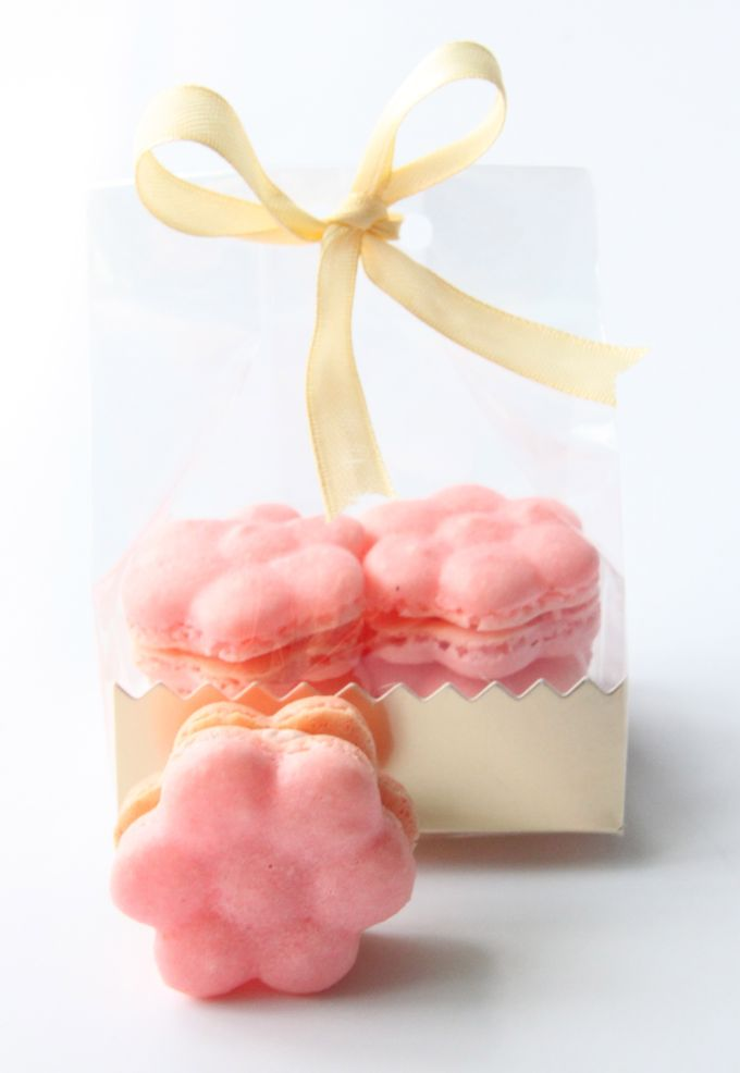 Macarons - Gifts/Favours by The Artisan's Apron - 005