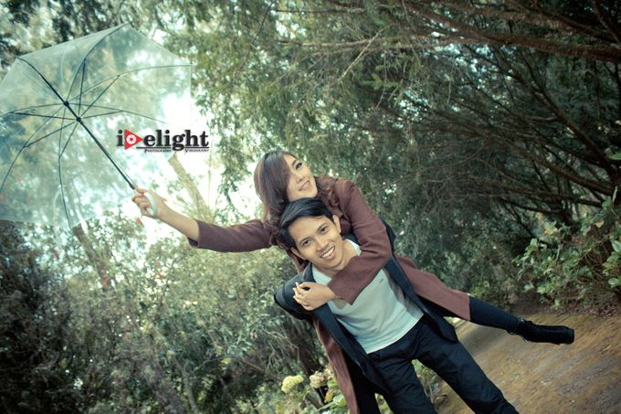 Prewedding Putri & Galih by Idelight Creative - 007