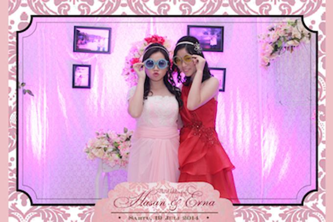 The Wedding of Hasan & Erna by After 5 Photobooth - 005