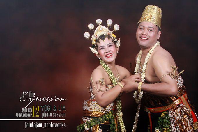 Pernikahan Adat Jawa by Jalutajam Photoworks - 035