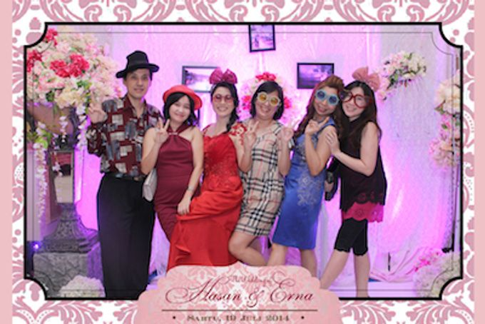 The Wedding of Hasan & Erna by After 5 Photobooth - 008