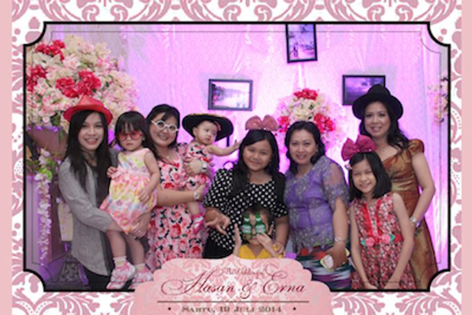 The Wedding of Hasan & Erna by After 5 Photobooth - 010