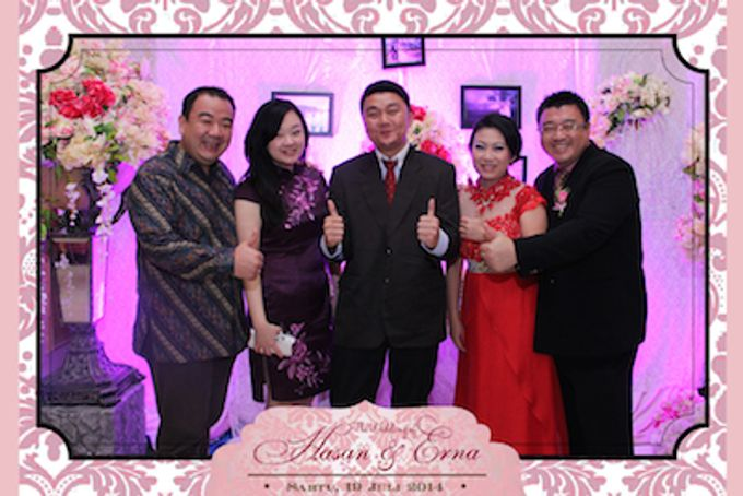The Wedding of Hasan & Erna by After 5 Photobooth - 015