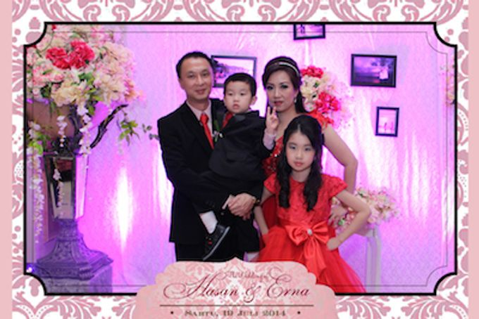 The Wedding of Hasan & Erna by After 5 Photobooth - 018