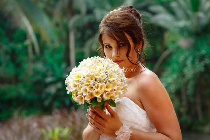 Simple Wedding Len & Marina by D'studio Photography Bali - 006